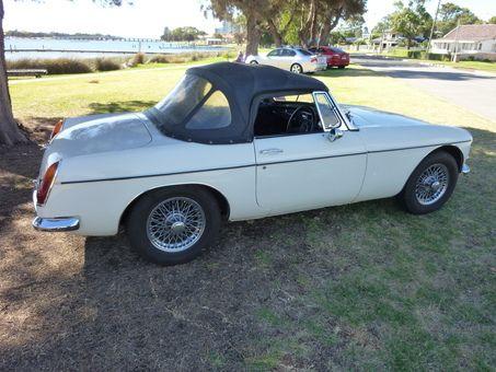 1968 M.G. MGB SPORTS MK II - JUST Cars