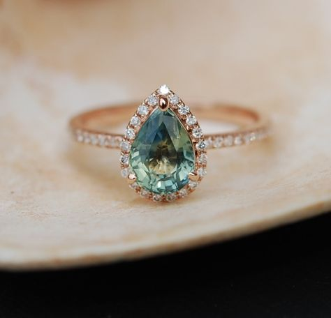 Rose Gold Engagement Ring Teal Blue Green by EidelPrecious on Etsy anillos de compromiso | alianzas de boda | anillos de compromiso baratos http://amzn.to/297uk4t