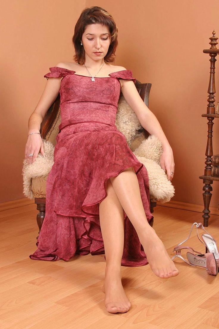 Pin en pantyhose feet