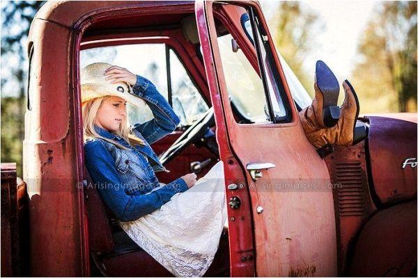 Truck senior picture ideas for girls. Senior pictures with trucks. Truck senior pictures. #truckseniorpictureideas #truckseniorpictures #seniorpictureideasforgirls by meghan