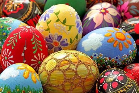 Disegnate, dipingete, rivestite, ricamate o… sono tanti i modi in cui potete decorare le #uova di #Pasqua. Scopri tutti i nostri #consigli: http://www.dimmidisi.it/it/dimmidipiu/idee_in_pochi_minuti/article/di_mille_colori.htm #dimmidisi #tutorial #easter #eggs #diy