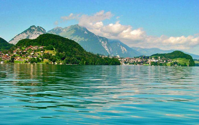 FAULENSEE SWITZERLAND | Faulensee / Spiez / Photo: Heinz Rieder