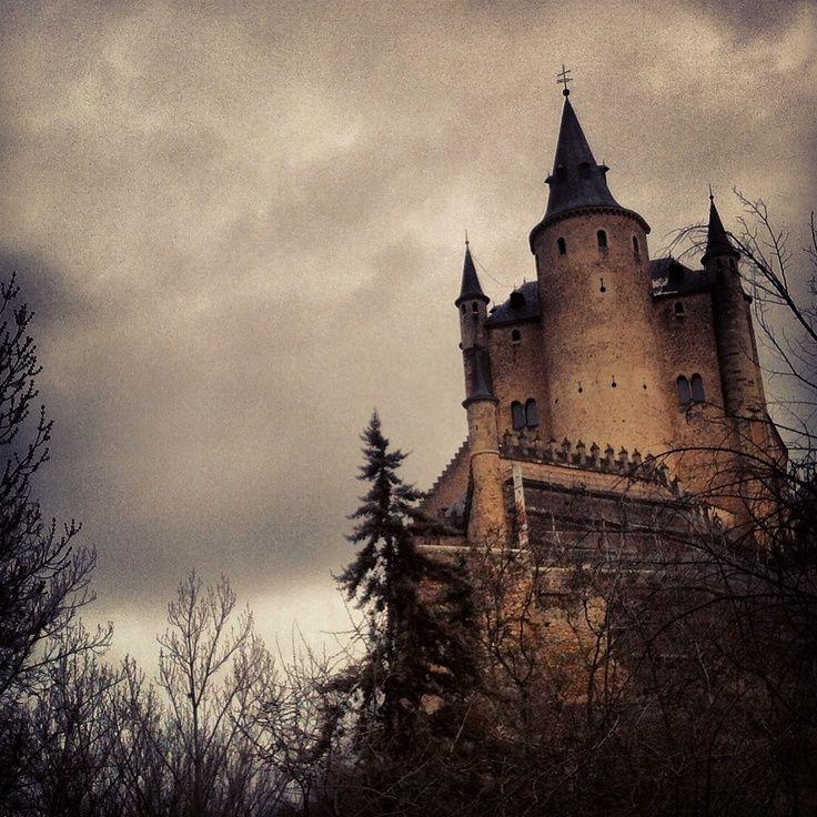 Resultado de imagen de castillos encantados