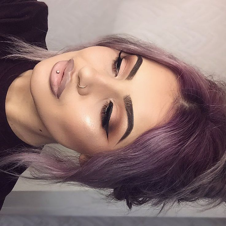 Matte and satin eye look