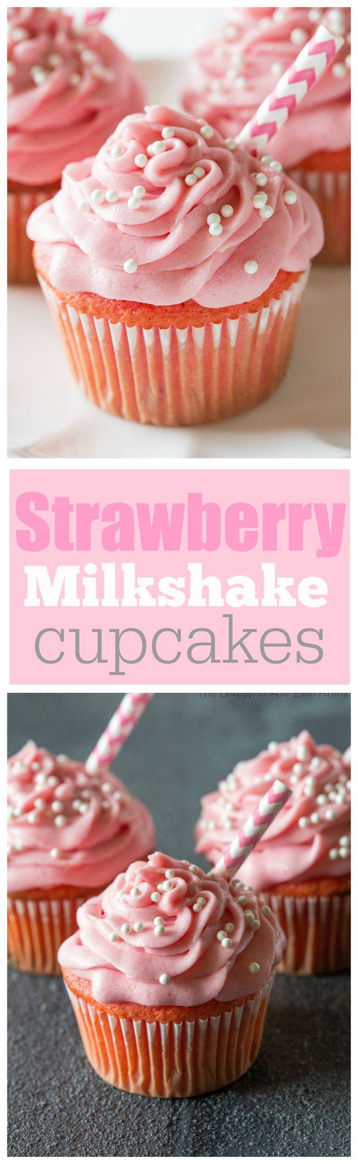 Batido da morango Cupcakes - rebentar com sabor de morango e tão macio! the-girl-who-ate-everything.com