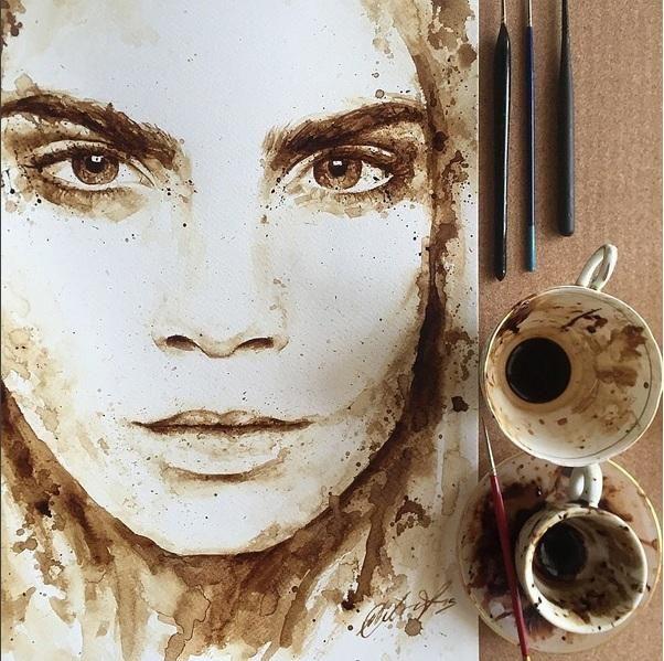 Μαρία Αριστείδου: Η Κύπρια που φτιάχνει υπέροχα έργα τέχνης με... καφέ! (Photos & Video) | ΤΟ ΠΟΝΤΙΚΙ