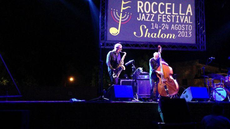 Roccella Jazz Rumori Mediterranei. Festival jazz. Roccella Jonica, Reggio Calabria (italy). Nella foto Andy Sheppard