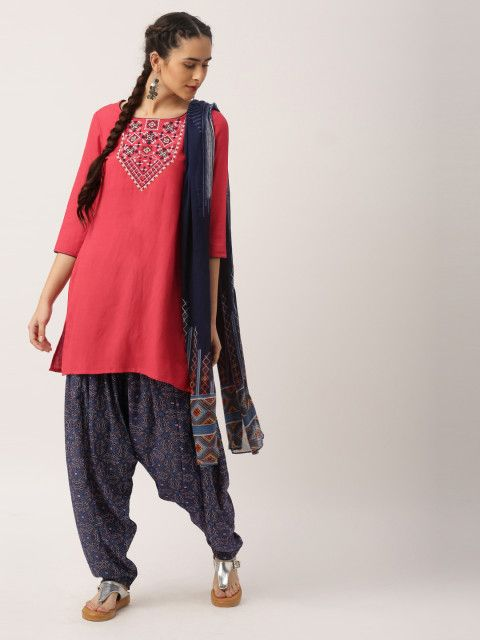 Elegant weaving awaits. An A-line kurta with embroidered yoke will step up your ethnic game any day.  IMARA by Shraddha Kapoor, coral pink & navy embroidered salwar kurta with dupatta, IMARA kurtas, ethnic collection from IMARA, summer styles, summer colours