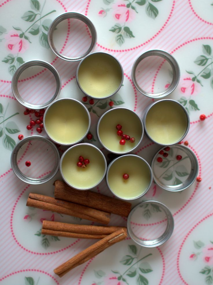 How to Make Your Own Tea Flavoured Lip Balm (Vegan)