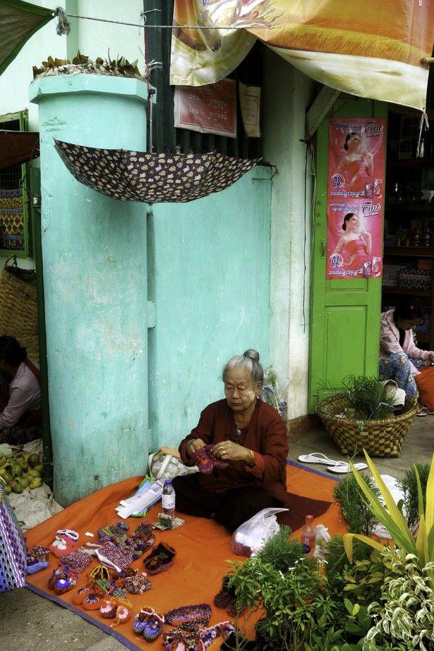TONY'S TOURS - MYANMAR - HEHO - MARKET - WOMAN STALL VENDOR - JULY - WINTER 2013