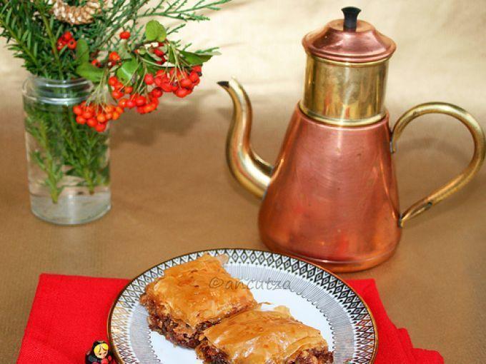Delizioso Dolce turco - Ricetta Dessert : Baklava al cioccolato e noci da Ancutza