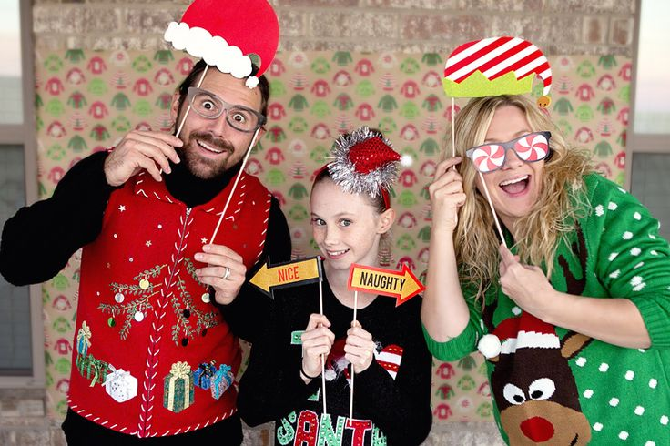 Download your FREE Printables for an Ugly Sweater party! Nothing better than an Ugly Sweater or Tacky Sweater Christmas Party. Get great ideas, crafts, diy