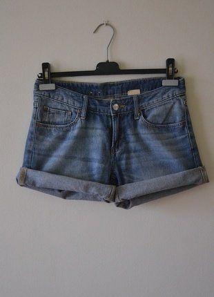 Kup mój przedmiot na #vintedpl http://www.vinted.pl/damska-odziez/szorty-rybaczki/17552712-jeansowe-krotkie-spodenki-hm-s