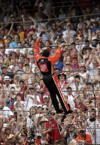 Tony Stewart : Spectacular crashes and memorable moments from Indianapolis Speedway
