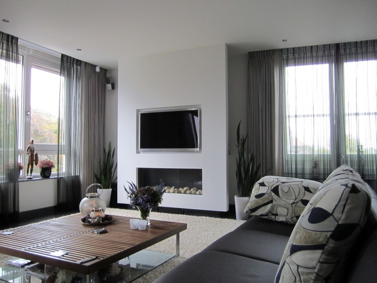 17 best images about open haard met tv on pinterest modern fireplaces fireplaces and tes - Deco moderne open haard ...