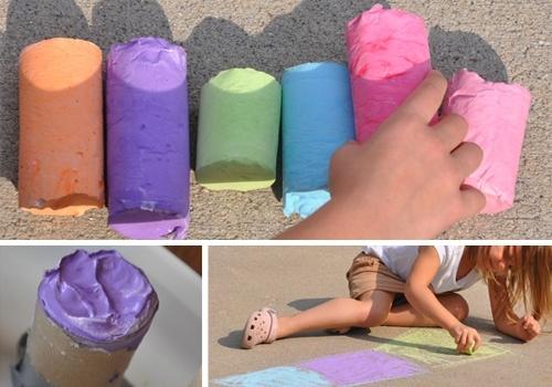 Recipes galore...homemade sidewalk chalk, rainbow pasta, finger paint, bubbles, fruit roll ups, bath paint, play-doh, etc...Fruit Rolls, Fingers Painting, Bath Painting, Sidewalkchalk, Plays Doh, Rainbows Pasta, Homemade Sidewalk Chalk, Baby Wipes, Play Doh