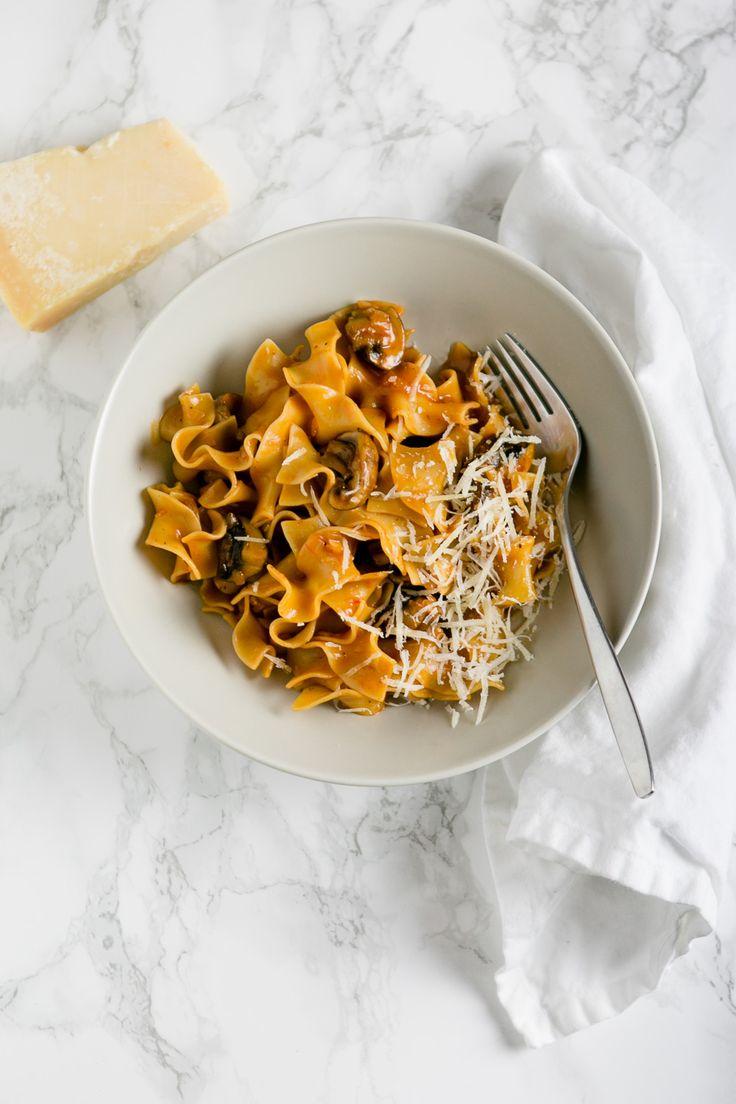 Pasta mit Champignons und Rotwein-Tomatensauce – Futter für die Seele