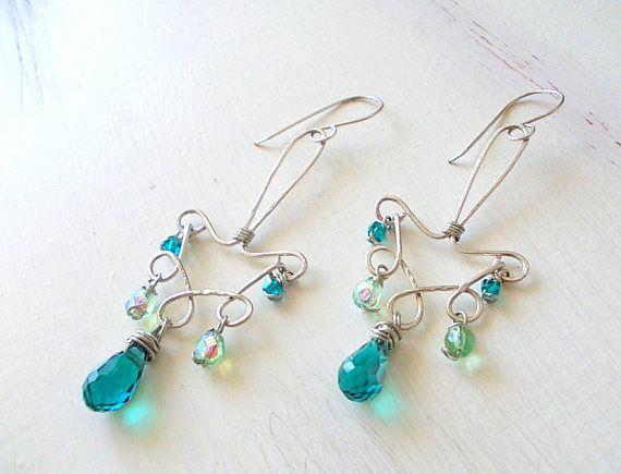 Orecchini chandelier di vetro vetro acquamarina goccia