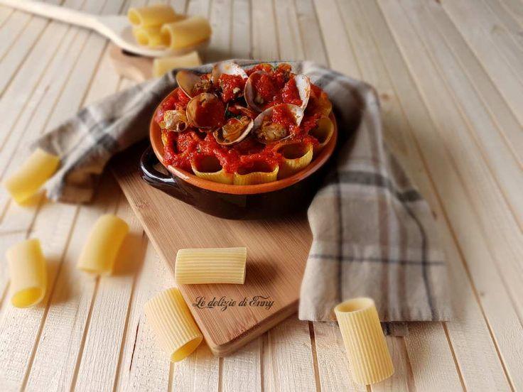 Paccheri+ripieni+con+vongole+e+mozzarella