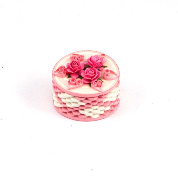 Paper quilling ring boxes by Namigurumi on Etsy, $5.50