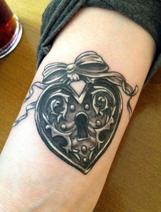 Queen Of Diamonds Tattoo