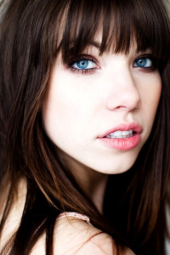 dark hair light eyes