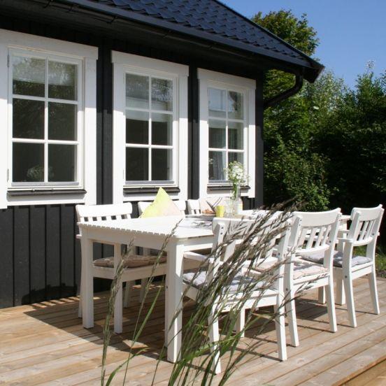 Het Huisje van Hout is een bijzonder vakantiehuisje, achter de duinen in Noordwijk.
