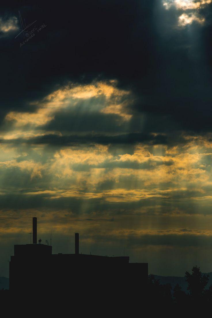 https://flic.kr/p/sD6KJp   Rays through Clouds   Photo: Alexandru Matei Photography  Setup: NIKON D610 + 70.0-200.0 mm f/2.8 Manual,@ 200.00 mm, 1/640 s, @ f/13, ISO 125 Location: Brasov  Share if u like! Thx!