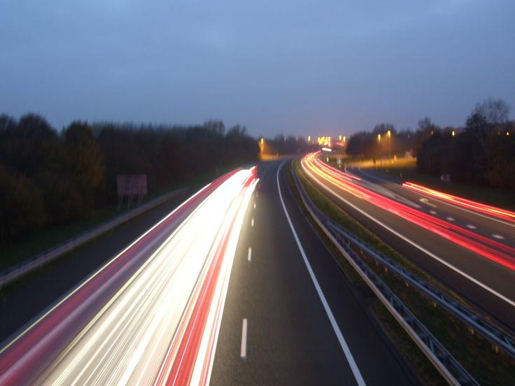 De autobaan in Hengelo Overijssel by night.