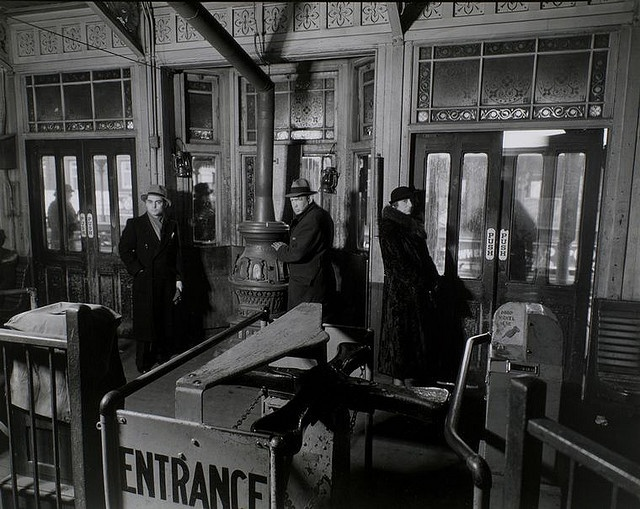 "72nd and columbas avenue ""El"" station 1936 : berenice abbott"