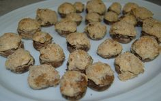 STUFFED MUSHROOMS I've been hunting for meatless stuffed mushrooms with cream cheese. These are delicious and as close to the kind you get at Chinese buffet restaurants!