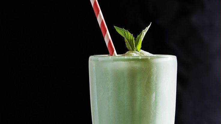Grasshopper Cocktail - MUNCHIES