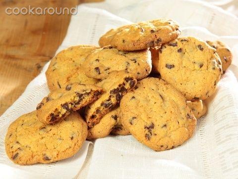 Cookies con gocce di cioccolato: Ricette Dolci | Cookaround