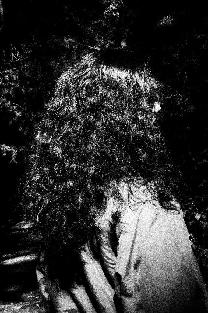Black Hair - Cabellera Negra
