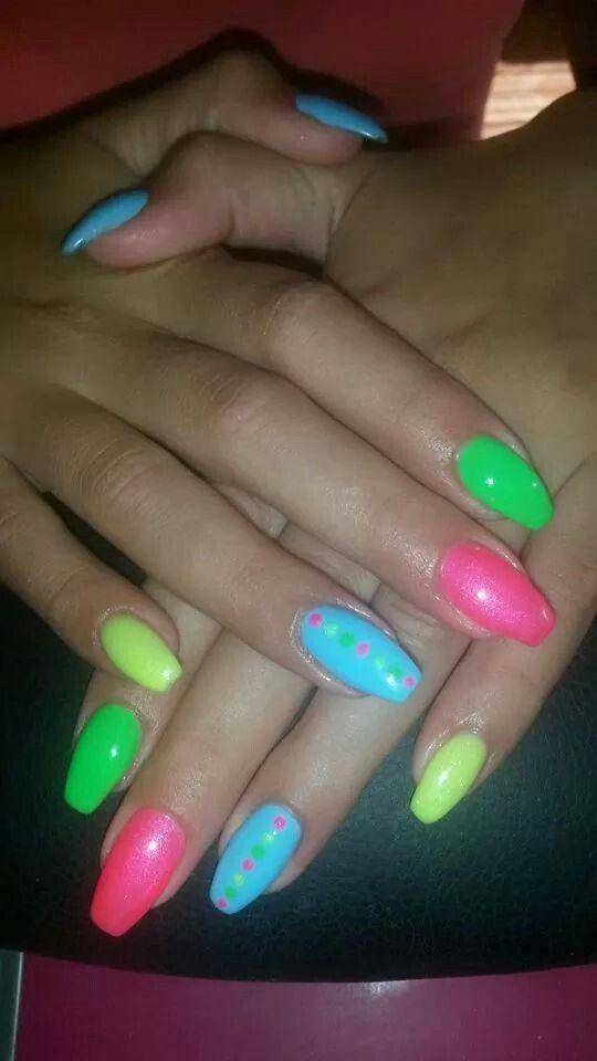 Summer nails. Nyári körmök. :)