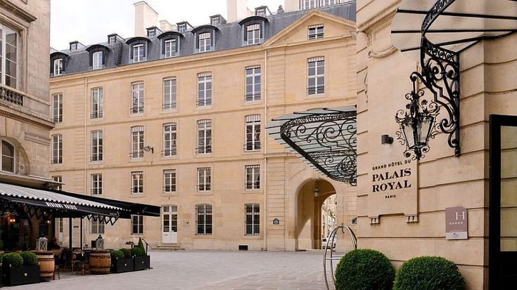 The many sights and sounds of Paris lure tourists from all across the globe each day and as the only luxury hotel in the Palais-Royal locale, the Grand Hotel du Palais Royal is the perfect base station for those wanting to experience the very best of City of Lights!
