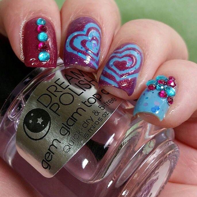 Canadian Nail Fanatic: Bright Nails!