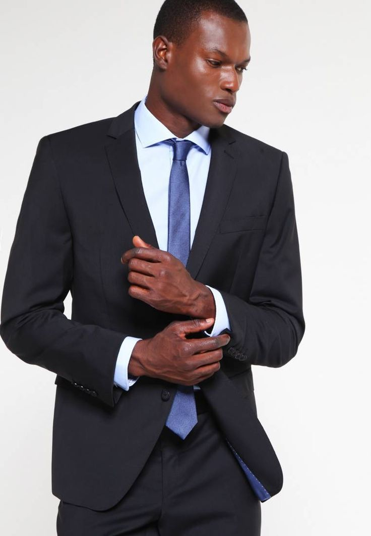 """Bugatti. Suit - schwarz. Outer fabric material:100% wool. Pattern:plain. Care instructions:Dry clean only. Sleeve length:long,25.5 """" (Size 40R). Back width:17.5 """" (Size 40R). outer leg length:41.5 """" (Size 40R). Rise:normal..."""