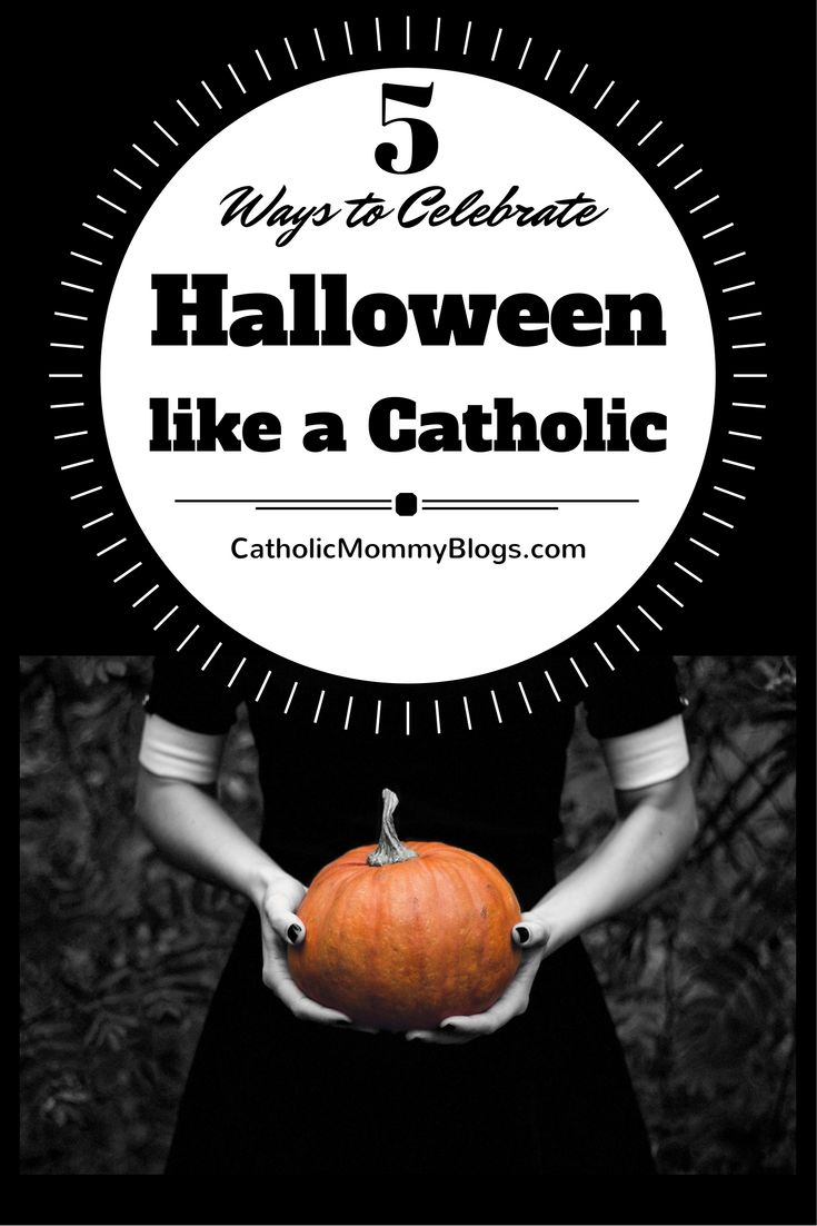 How do Catholics celebrate Halloween and what can you do to make your Halloween more Catholic? Ideas and ways for Catholic kids to celebrate Halloween, All Saints Day, and All Souls Day at Catholic Mommy Blogs. (party, crafts, pumpkin carving, decorations, holiday food, evangelizing)
