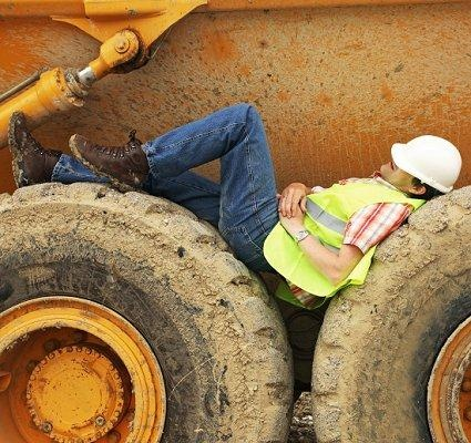 Break Time - Funny Workplace Safety Pictures [Slideshow]