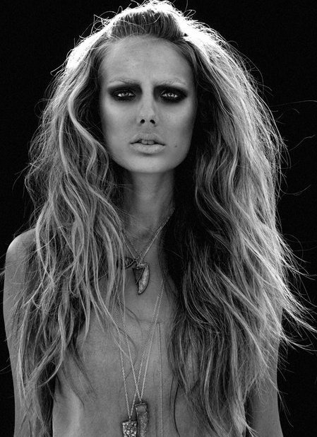 Great hair but she looks like a zombie