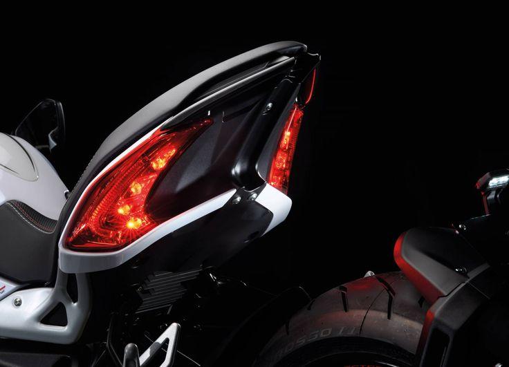 MOTO MV AGUSTA DRAGSTER - Vente de motos neuves et occasion à Cuers - SCUDERIA MOTO