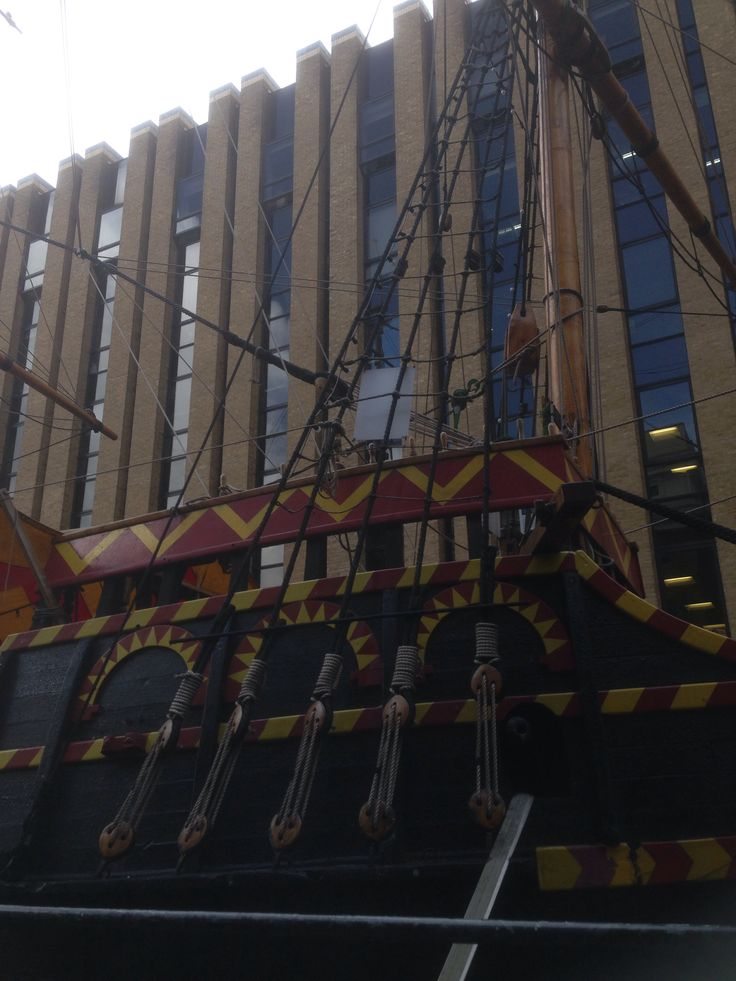 Golden Hinde 2, Moored near Southwark Cathedral and Winchester Palace
