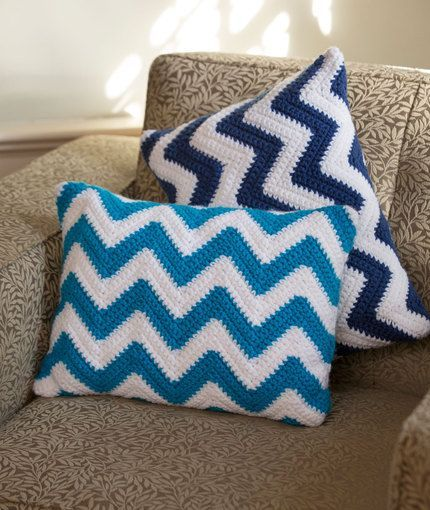 Chevron Pillow Pair Crochet Pattern | Red Heart. Craft Passions