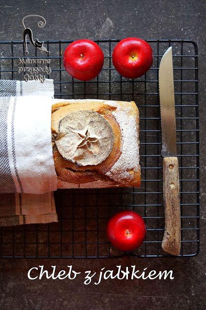 Kulinarne przygody Gatity: Chleb z tartym jabłkiem na zakwasie
