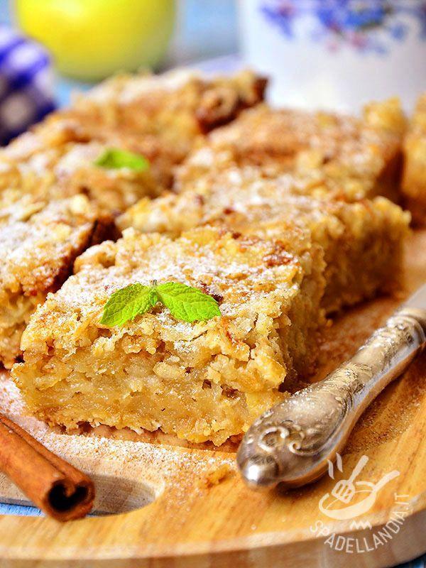 Buckwheat cakes and apples wheat - I Quadrotti di grano saraceno e mele sono una vera delizia per il palato. Hanno il gusto delle cose semplici, delle preparazioni genuine della nonna. #dolcegranosaraceno