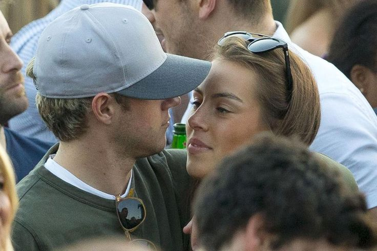 #OhYesNiall I'm so happy for him, and she's from Belgium too, so I hope he will be a lot more in Belgium ^^ Maybe you two can visit Antwerp? ^^