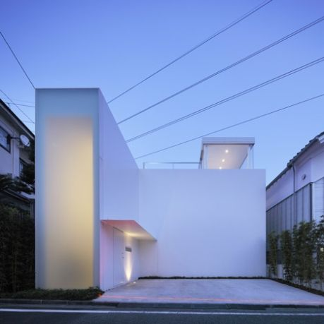 11 best extreme minimalism images on pinterest for Minimalist residential architecture