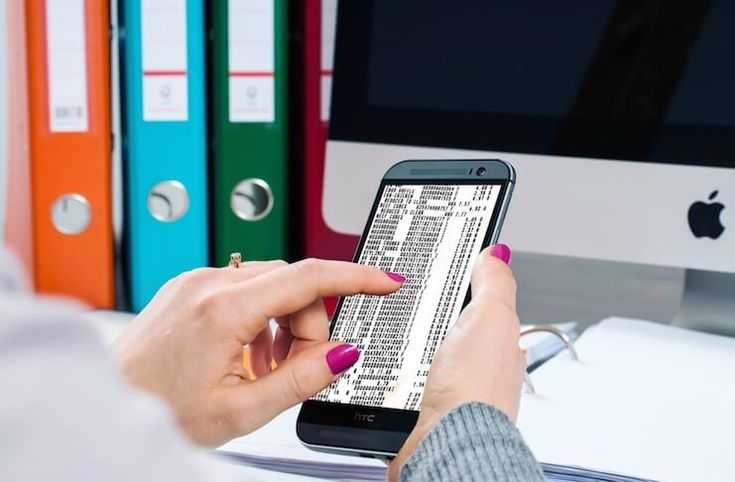 Keep your receipts in one place and organized through these receipt scanner apps. These receipt scanner apps come handy for iPhone and Android users.