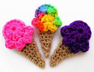 Ice cream cones!: Crochet Projects, Tasti Crochet, Hair Accessories, Crochet Ice, Hair Clip, Hairclip, Icecream, Wall Hook, Ice Cream Cones